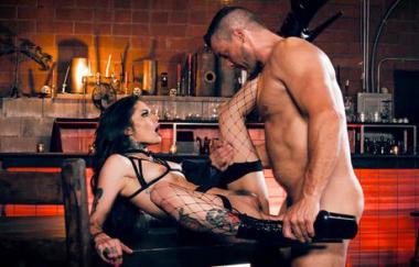 Vanessa Vega, Ramon Nomar – Sperma auf meinem Tattoo – Vanessa Vega (BurningAngel)